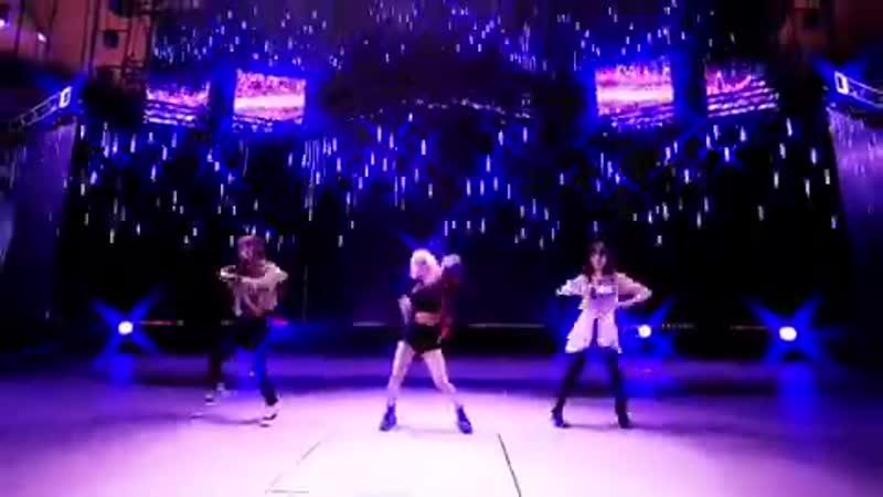 Hyo x irene x seulgi dance practice pt 2