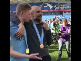 "Kevin de bruyne to pep guardiola ""you're a shit coach, you only win.""😂"