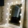 Гримерные зеркала для визажа с лампочками!