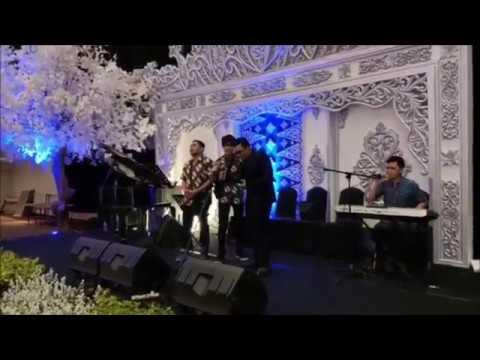 We sang BRAIN POWER at a friend's wedding