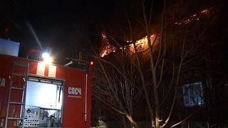 пер Водников в Архангельске пожар в жилом двухэтажном доме