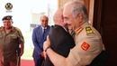 Главнокомандующий Главного командования Вооруженных сил принимает спикера Палаты представителей в штаб квартире Главного командования в Аль Раджме