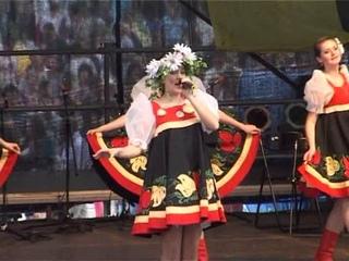 Солистка Екатерина Потапова. Русская народная песня «Канарейка»