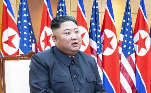 Ким Чен Ына просто случайно зарезали во время операции на сердце