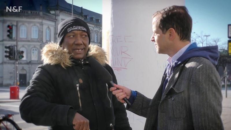"""Roger Beckamp (AfD) spricht mit """"Lampedusa in Hamburg"""""""
