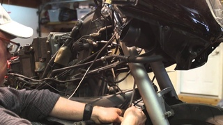 BMW R1100RT Brake lines replacement & line bleed