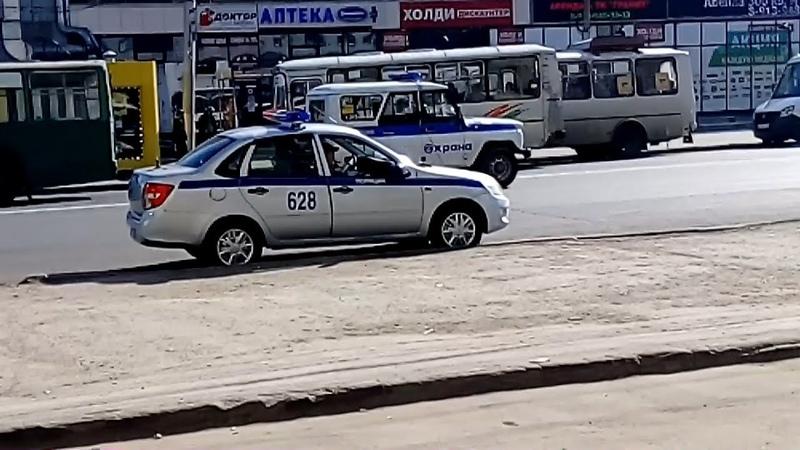 пл. К. Маркса - территория хамства и нарушений ПДД. (часть 1) Новосибирск.