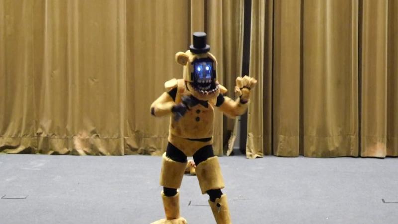 Mangafest 2019 Concurso cosplay Golden Freddy Five Nights at Freddy's FNAF
