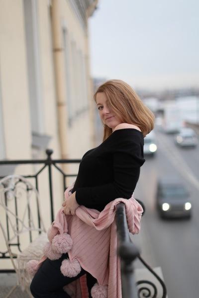 Янели Антонова