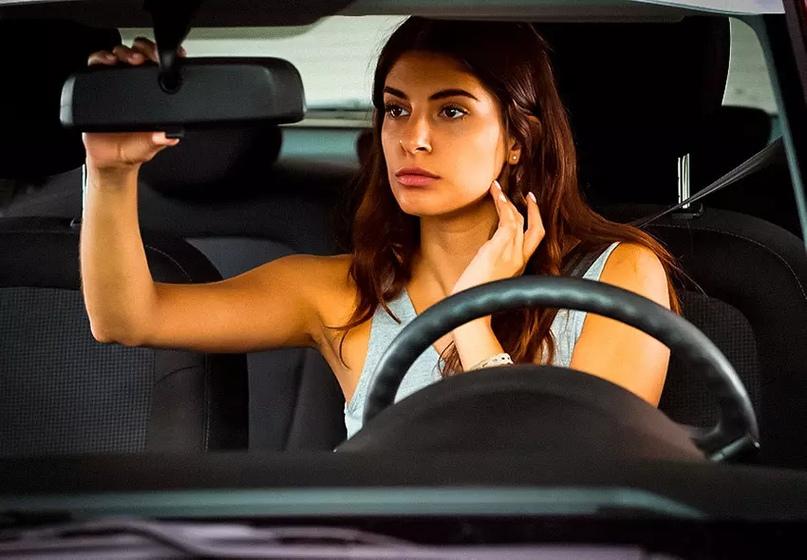 7 признаков, по которым можно узнать непрофессионального водителя, изображение №2