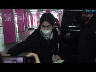 200312 siwon at the airport cr@jminyam