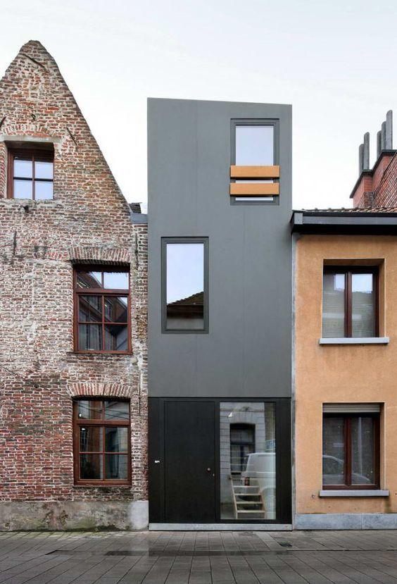 Дом на улице Счастья (Gelukstraat) в Бельгии от Dierendonck Blancke Architecten.