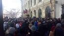 Гигантская очередь за лимитированной коллекцией кроссовок Канье Уэста выстроилась в Москве