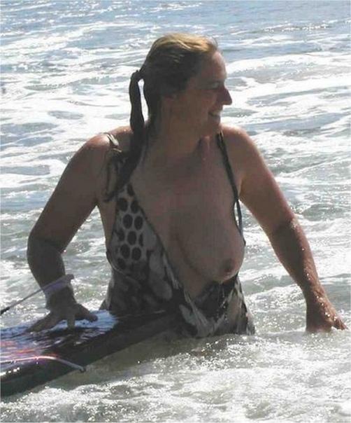 accidental-nudity-retro