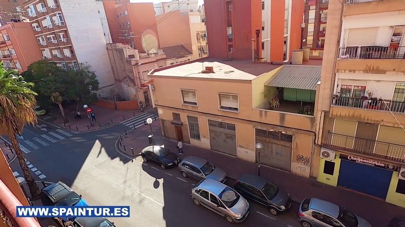 Недвижимость в Аликанте квартира после ПОЛНОГО РЕМОНТА С МЕБЕЛЬЮ в Испании 3 этаж 2 комнаты