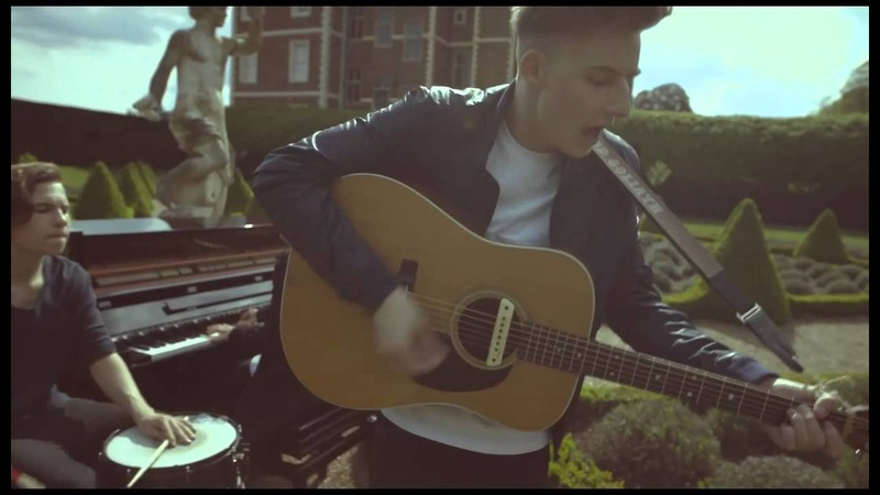 'Green' by Jacob Goliath - Burberry Acoustic