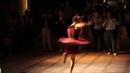 Приятно смотреть на огонь танца Заряжают настроением Молодость прекрасна