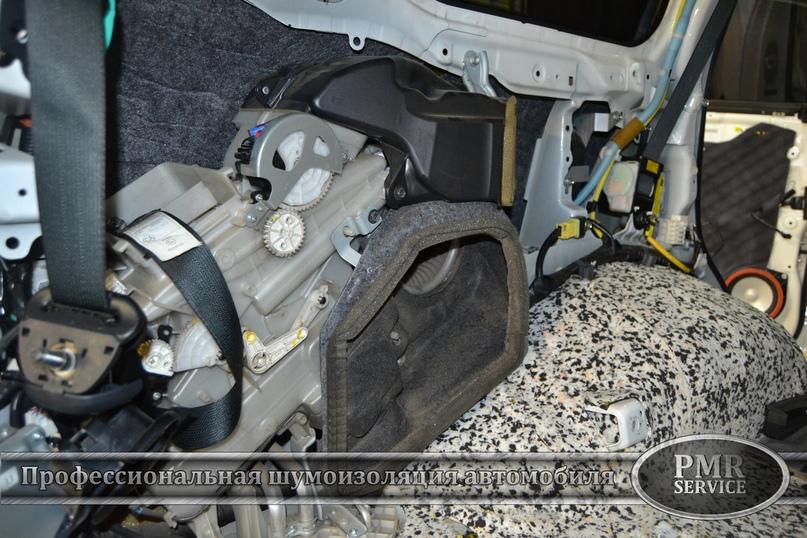 Комплексная шумоизоляция Toyota Land Cruiser 200, изображение №30