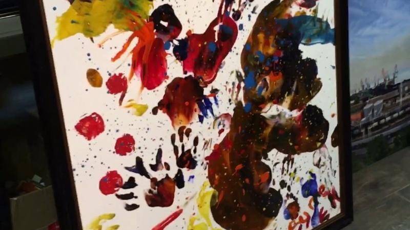 MAYER Eva Eduardovna Разодранное сердце Холст гуашь нарисовано обнаженным телом 100x120