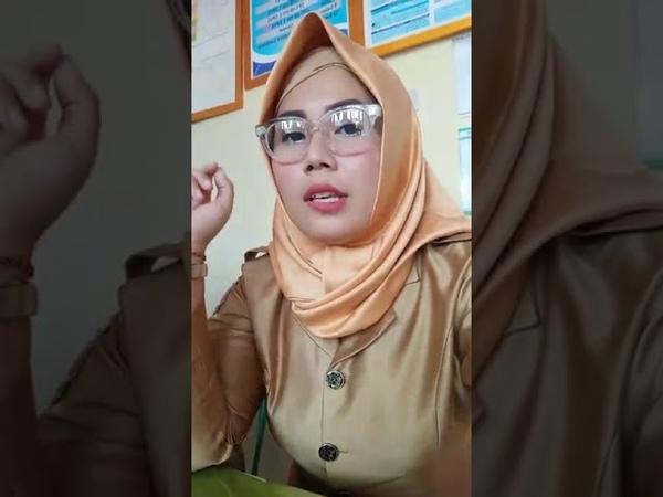 Muslim with satin hijab 18