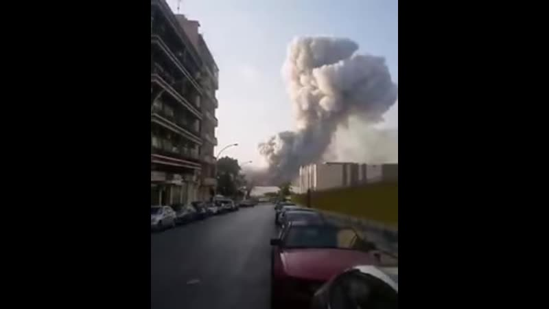 Beirut explosion Lebabon Aug 4th 2020 Video taken ca 1km away from the Lebanon blast buildings obliterated 2