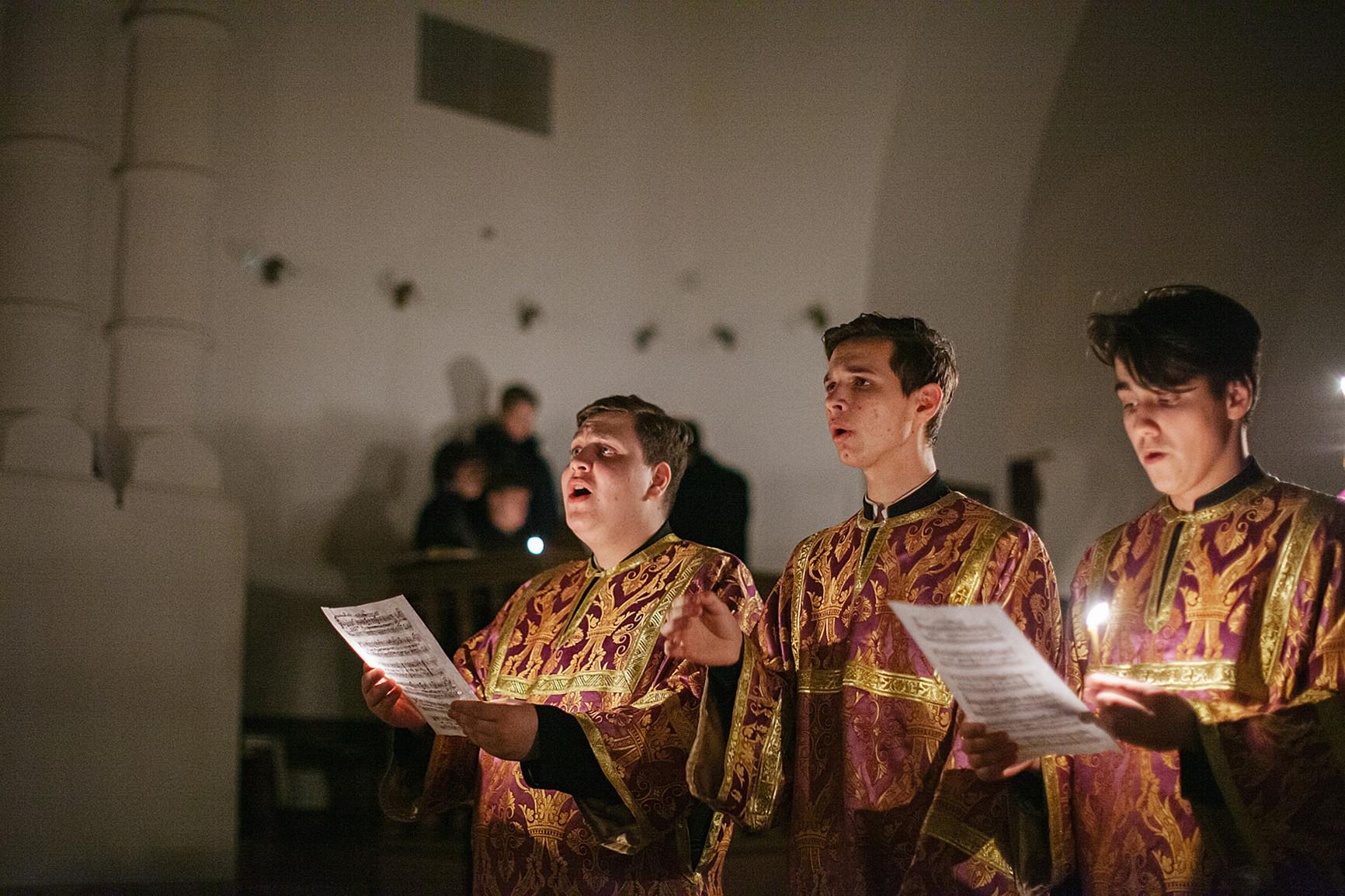 Настоятель обители впервые за историю монастыря совершил вечернюю Литургию Преждеосвященных Даров, изображение №3