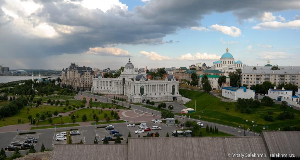 Дворец земледельцев и Собор иконы казанской божией матери, Казань 2020