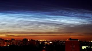 серебристые облака над Москвой 27 июня 2018 (Noctilucent clouds) 4K