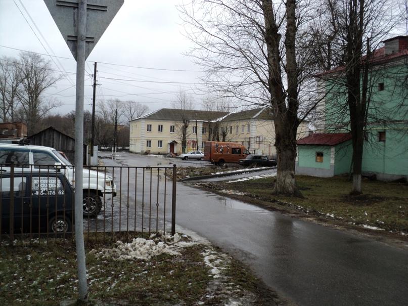 Типовая советская жилая архитектура 50-х годов в Белоомуте., изображение №9