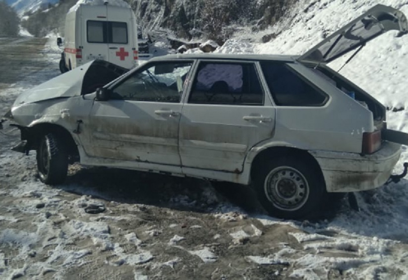 Тройное ДТП устроил водитель ВАЗа в КЧР