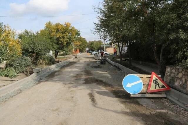 Аксёнов назвал «врагами народа» тех, кто ремонтирует улицы дважды