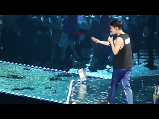[FANCAM] 150612 EXOPLANET #2 - The EXO'luXion in Taipei @ EXO's Lay Focus - ANGEL