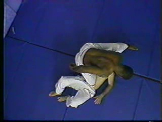 Ralph Gracie 2 - Defense Against Punches, Knees, Head-butts  Headlocks