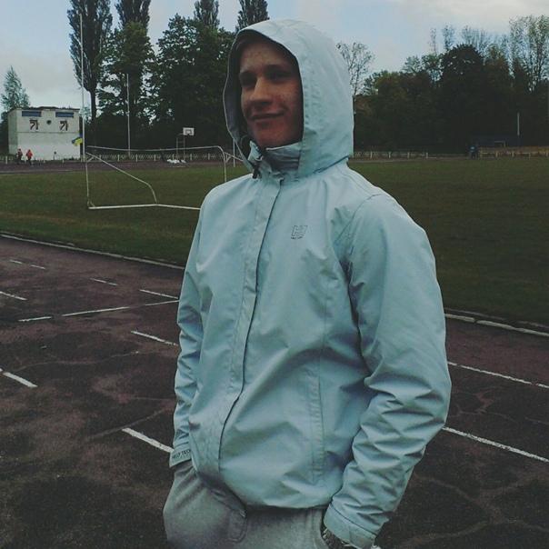 Всеволод Крапивянский, Украина