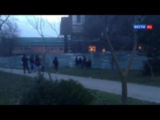 Ставропольский школьник снял на видео избиение девочки одноклассницами - Вести 2