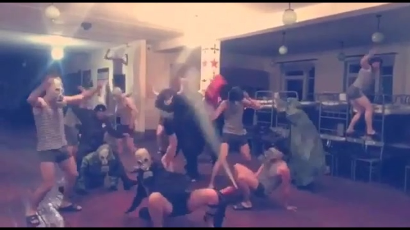 Harlem Shake букв Га́рлемская встряска