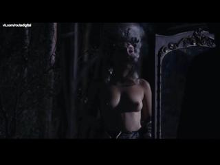 Iliana Zabeth, Theodora Marcadé (Marcade) Nude - Liberté (FR-2019) HD 1080p Web Watch / Илиана Забет, Феодора Маркаде - Свобода