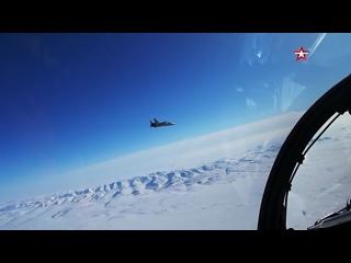 Экипажи #МиГ31 БМ отработали перехват «противника» в Арктике