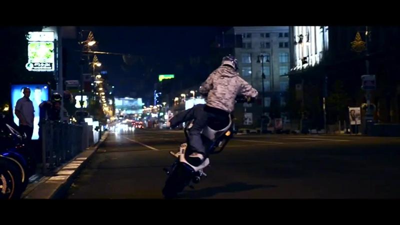 Єто надо видеть Stunt Girl