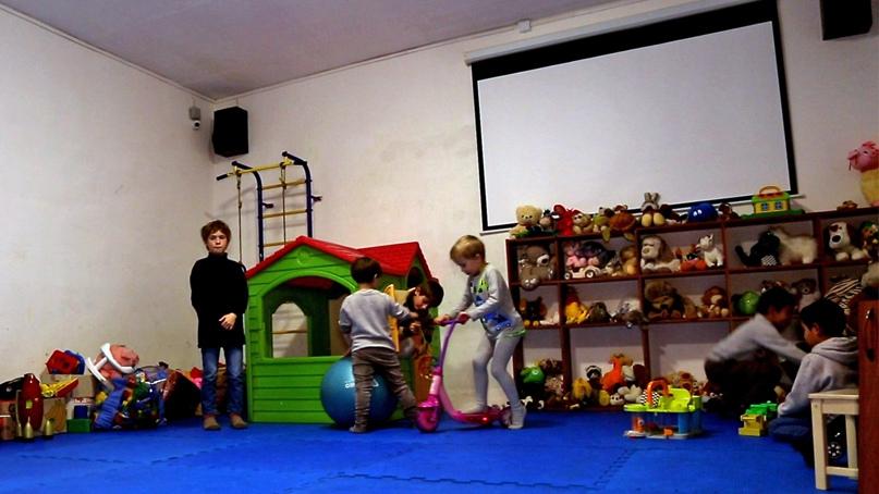 Добровольцы кинокомпании «Союз Маринс Групп» передали гуманитарную помощь семейному центру «Ковчег», изображение №4