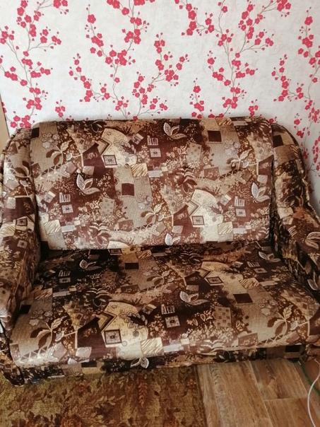 Продам диван и два кресла 2500 руб, все вопросы по...