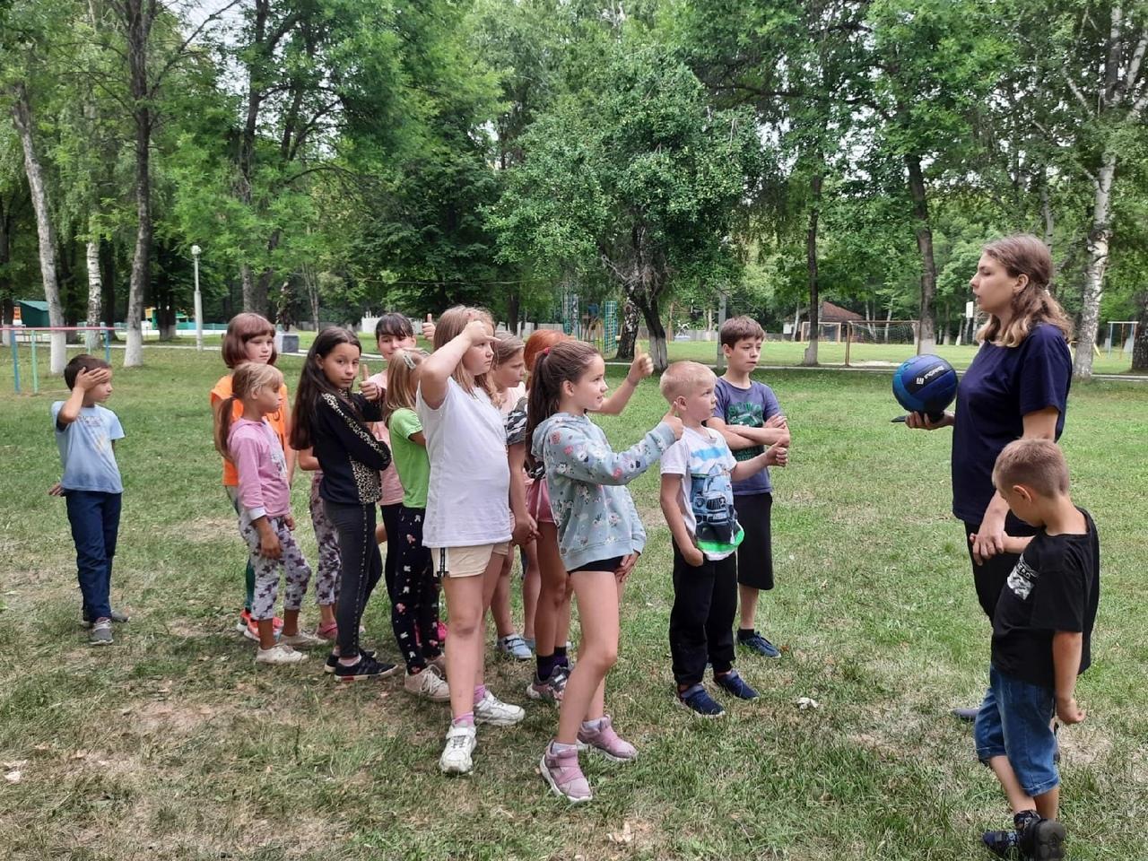 Воспитанники детского лагеря имени А. Гайдара поучаствовали в экономической игре