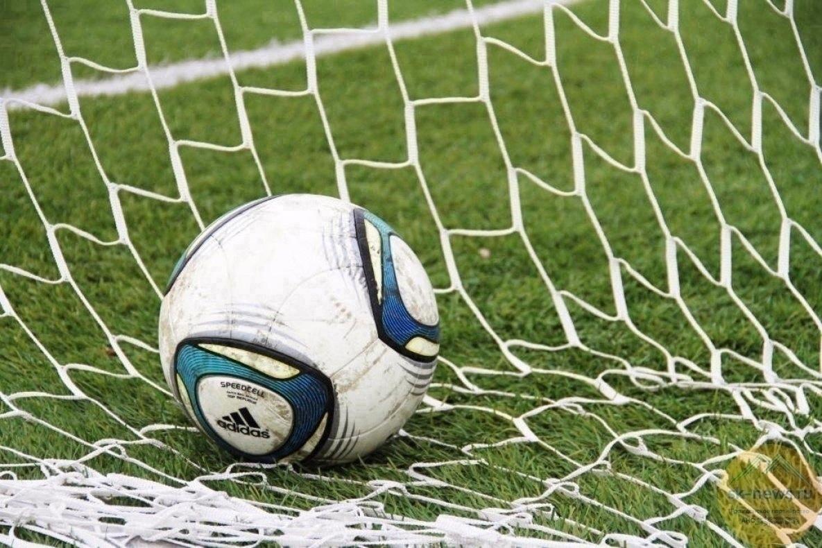 Футбольный клуб «Лида» дома сыграл вничью с пинской «Волной».