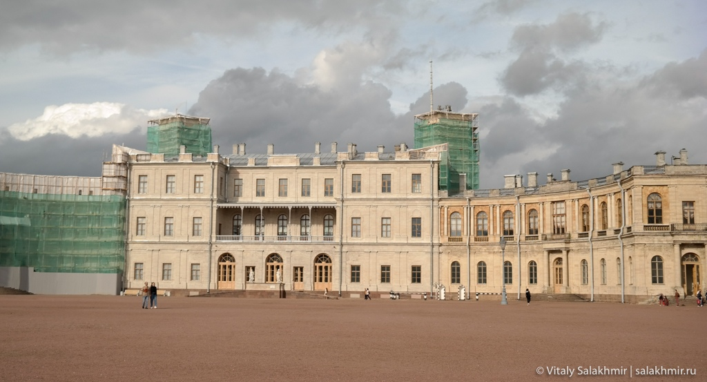 Фасад гатчинского дворца, Гатчина 2020
