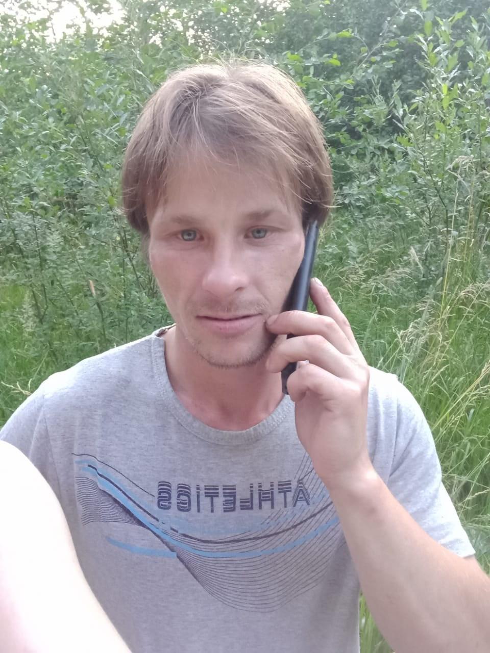Сергей, 35, Volkhov