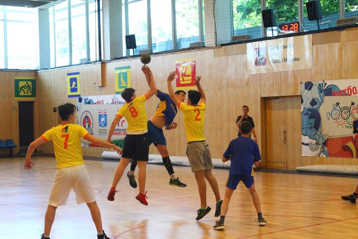 """""""Хотим ввести в школах мини-гандбол"""". В Москве разработали программу развития ручного мяча, изображение №2"""