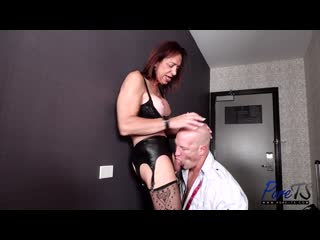 Shannon Spears - Mature Trans Babe Gets Her Ass Pounded [2020 г., Transsexual, Shemale, Hardcore, Anal, Bareback, Cumshot]