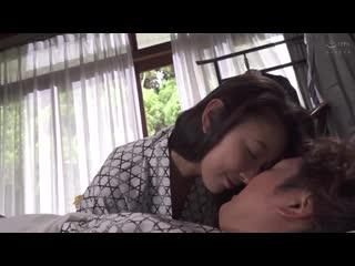 Honma Yuri - Longing Female Boss And Yuri Honma
