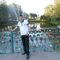 Артем Новоселов