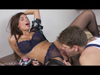 [HD 1080] Anissa Kate - French MILF Seduces the Plumber (2017)